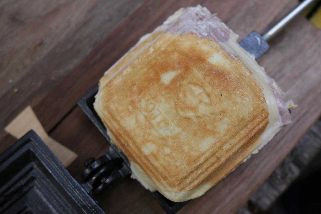Poler-Stuff-Sandwich-Maker-08
