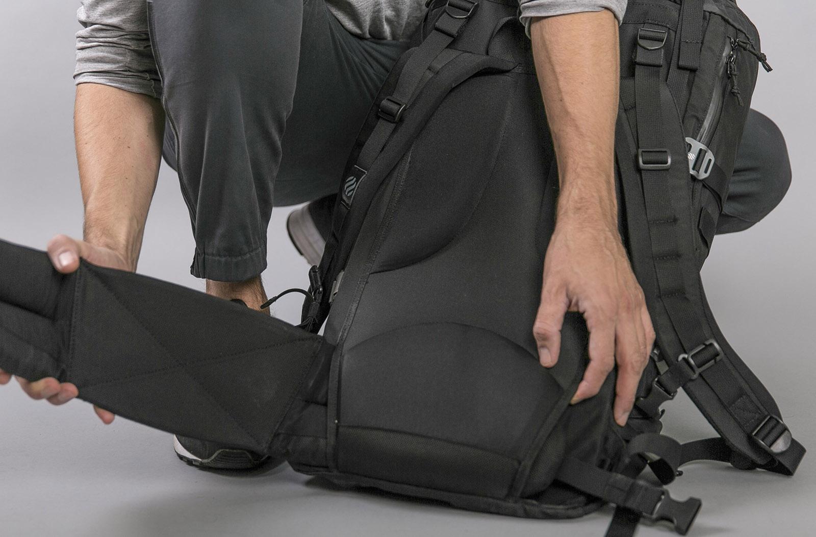 heimplanet-monolith-daypack-rucksack-08