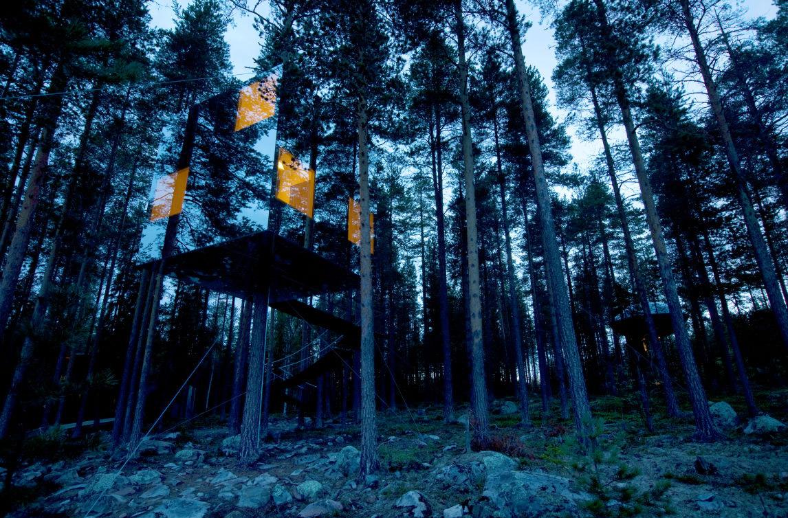 Mirrorcube Treehotel Sweden
