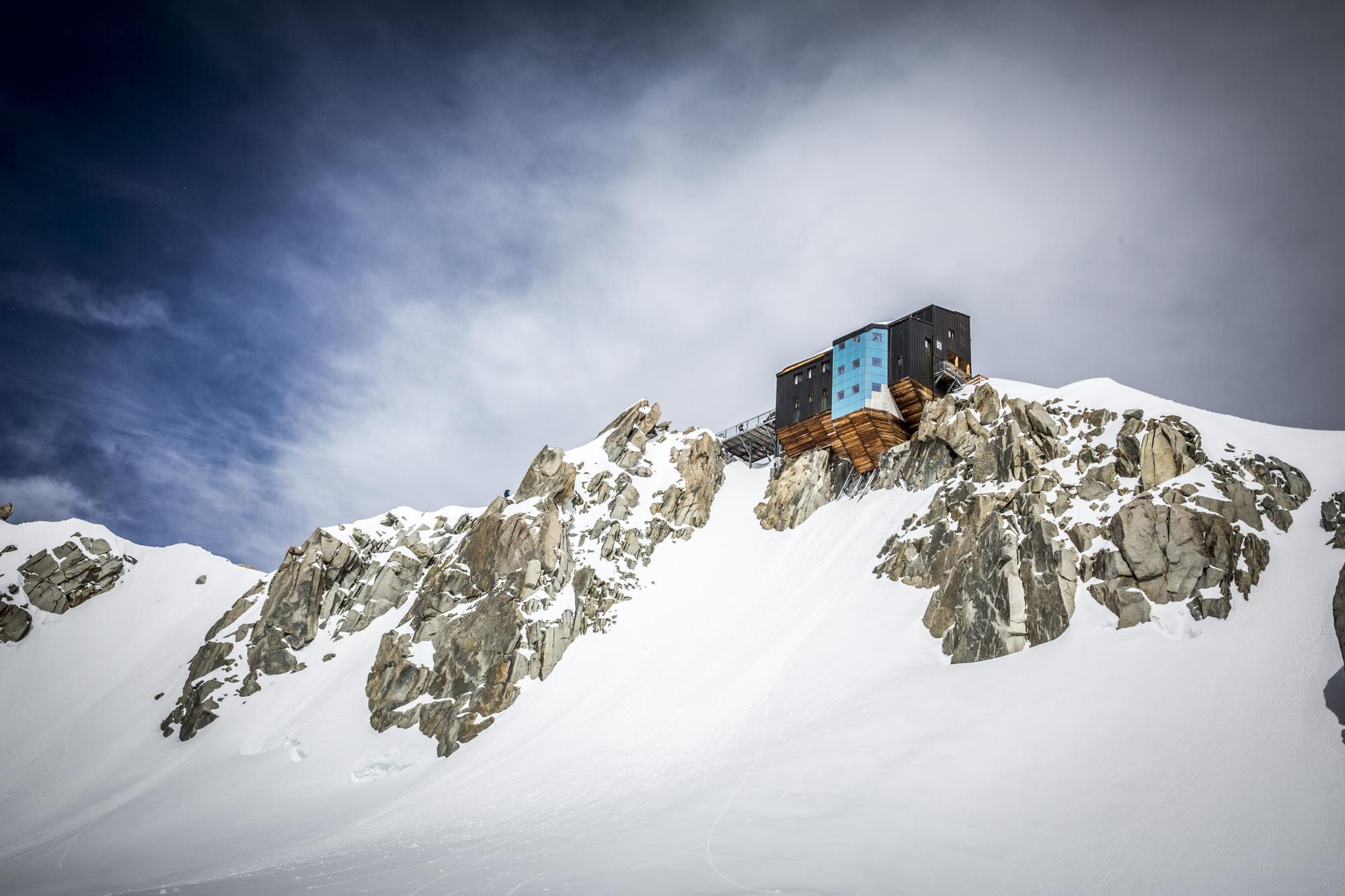 arcteryx alpine academy