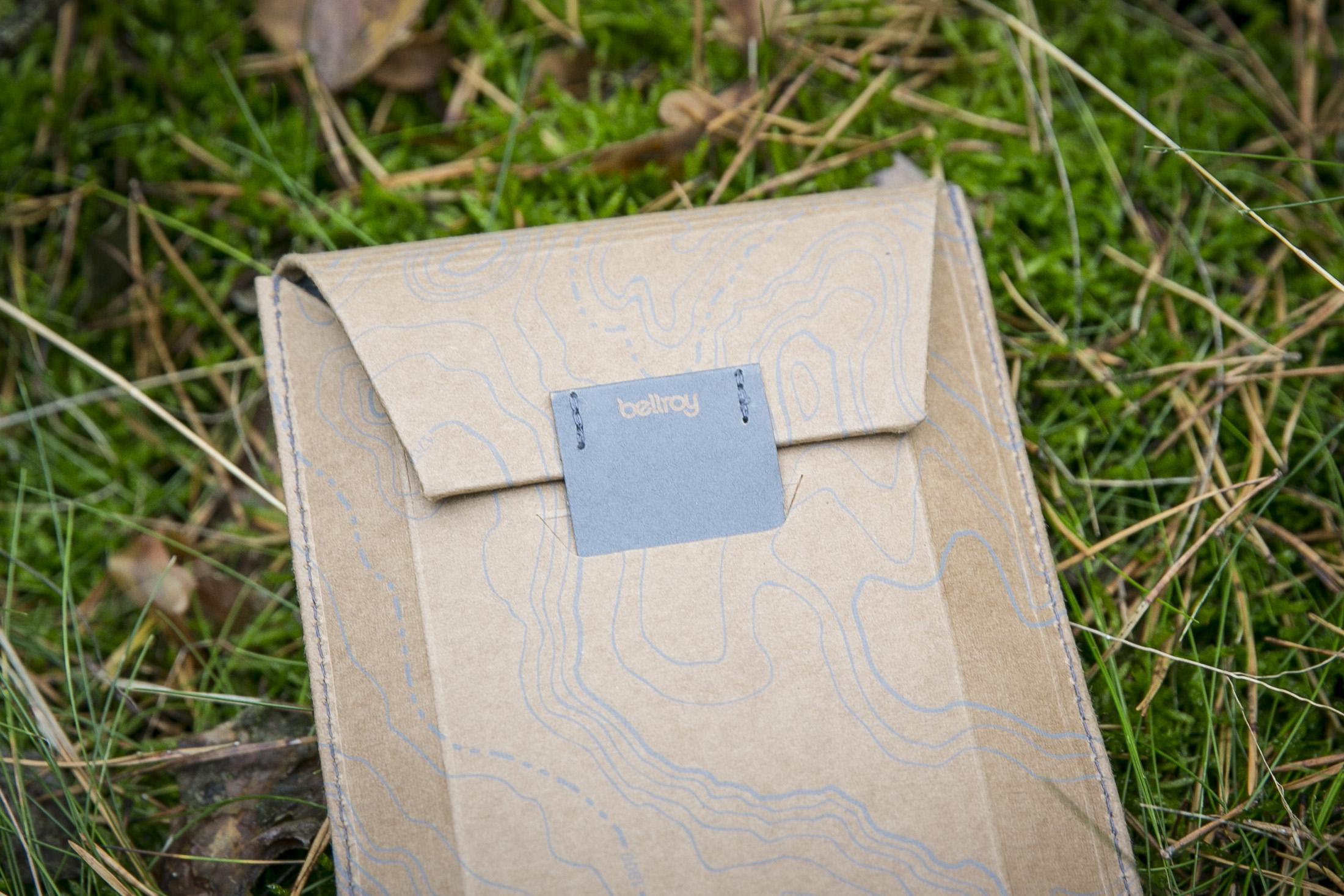 outdoor aesthetics bellroy phone pocket