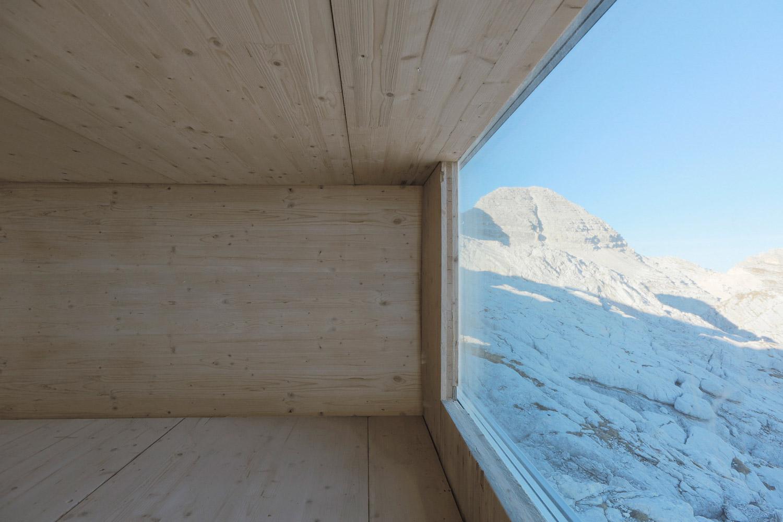 ofis-architects-alpine-cabin-06