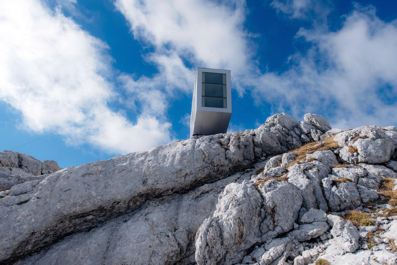 ofis-architects-alpine-cabin-07
