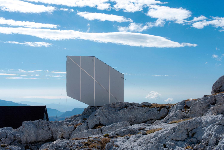 ofis-architects-alpine-cabin-08