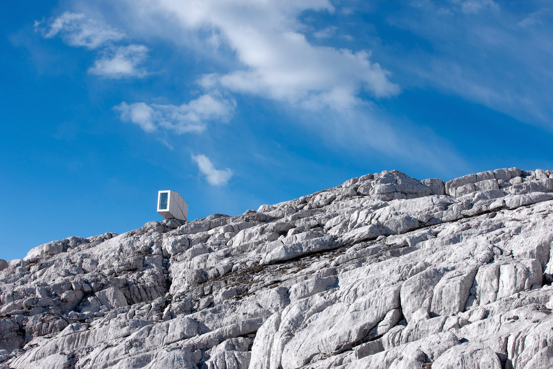 ofis-architects-alpine-cabin-09