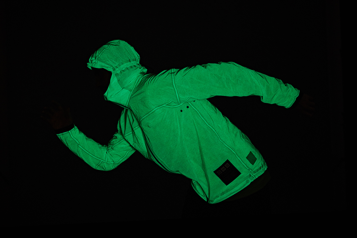 vollebak solar charged jacket-01