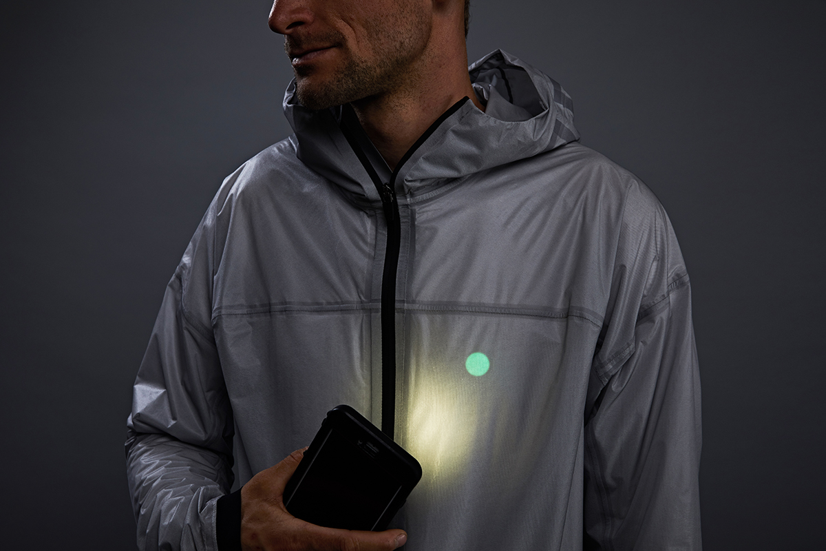 vollebak-solar-charged-jacket-10